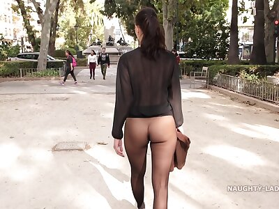 No unreserved seamless pantyhose in institute