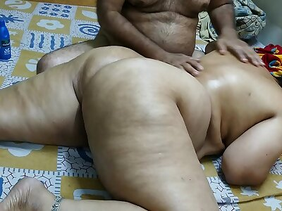 50 YEAR OLD INDIAN  STEP Dam FULL BODY MASSGE BY HER YOUNG 40 YEAR OLD STEP Little one